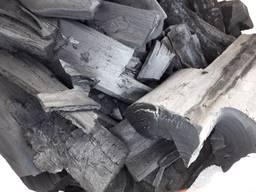 Продам древесный уголь.